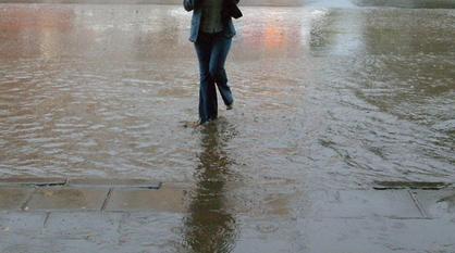 Дороги Воронежа после сильного дождя показали на видео в Сети