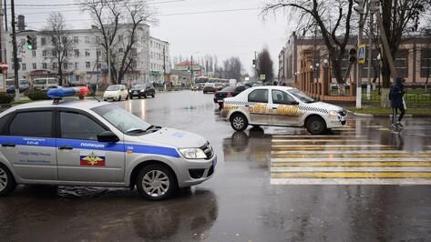 В Борисоглебске таксист сбил 78-летнюю женщину на «зебре»