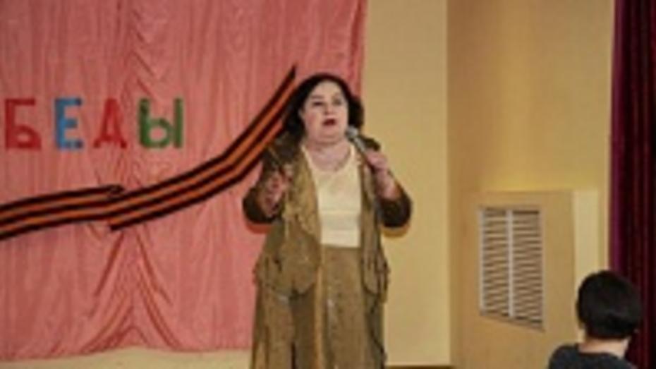 Жительница Хохольского района написала марш для Горожанского кадетского корпуса