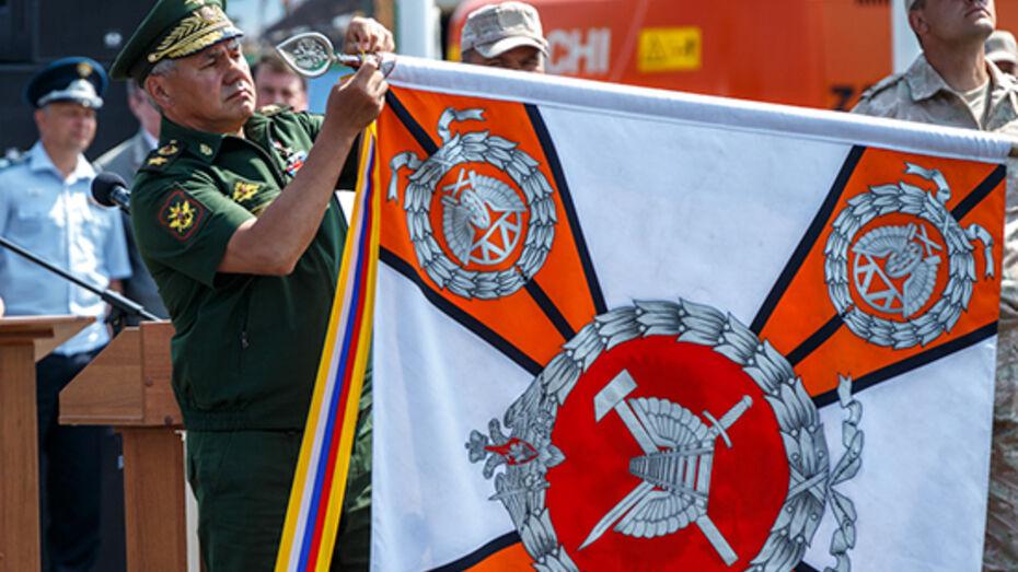 Министр обороны РФ вручил орден Жукова военным за постройку магистрали в обход Украины