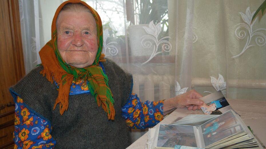 «Сейчас хорошая жизнь!» Пережившая две войны и коллективизацию жительница нижнедевицкого поселка отметила 100 лет