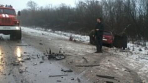 МВД: в столкновении ВАЗа и «Фольксвагена» в Воронежской области пострадали 7 человек, один погиб