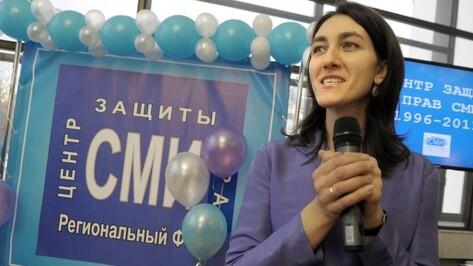 Воронежский губернатор поздравил главу Центра защиты прав СМИ с получением премии