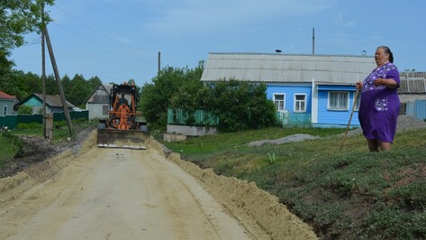 В Нижнедевицких селах  построят дороги с твердым покрытием