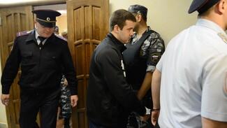Воронежский суд приговорил Эдуарда Ельшина к 12 годам тюрьмы за убийство у IL Tokyo