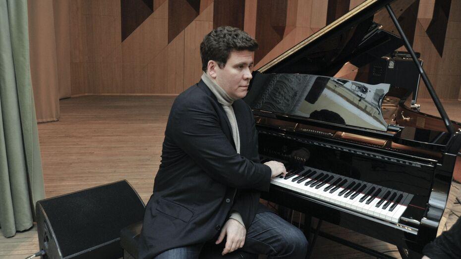 Денис Мацуев сыграет в Воронеже на новом рояле «Стейнвей»