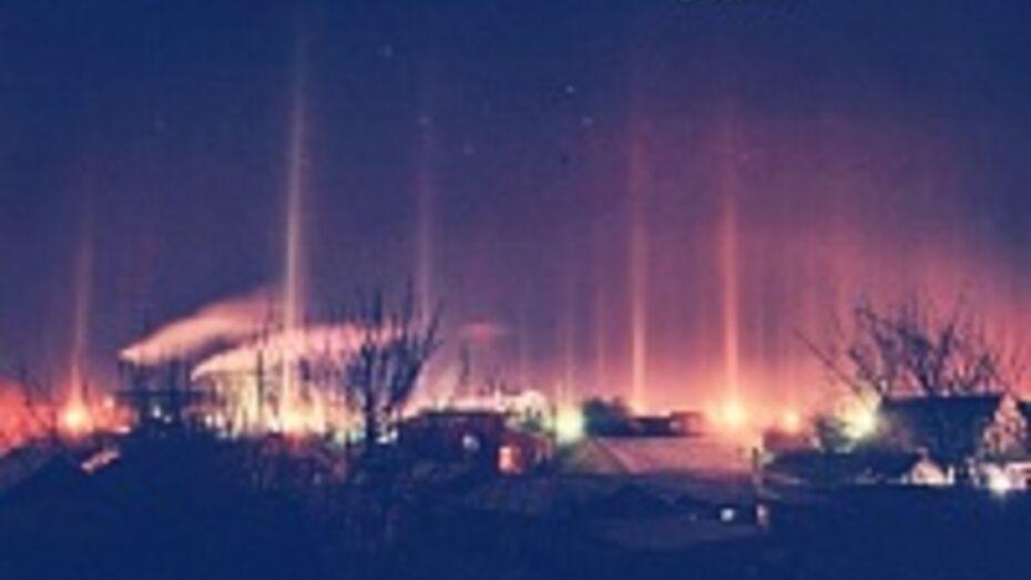 Световые столбы сфотографировали жители Воронежской области