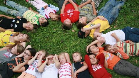 Более 45 тысяч школьников Воронежской области отдохнули в детских лагерях