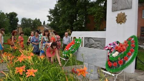 В День памяти и скорби поворинцы почтили память 5 тысяч погибших земляков