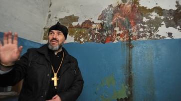 Воронежский священник: «К фреске на Придаче должны прикасаться только реставраторы»