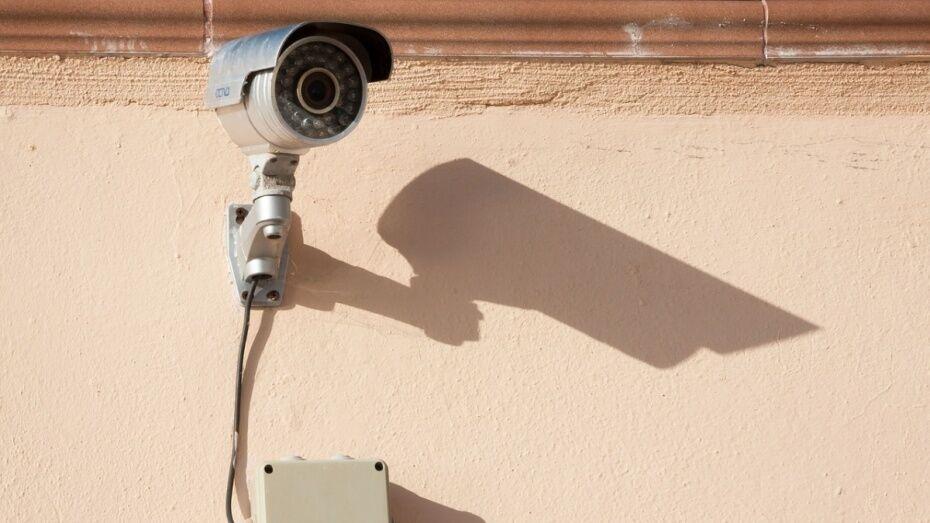 В Верхнемамонском казачьем кадетском корпусе установили камеры видеонаблюдения