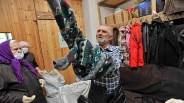 Московские волонтеры подарили теплые вещи воронежским бездомным