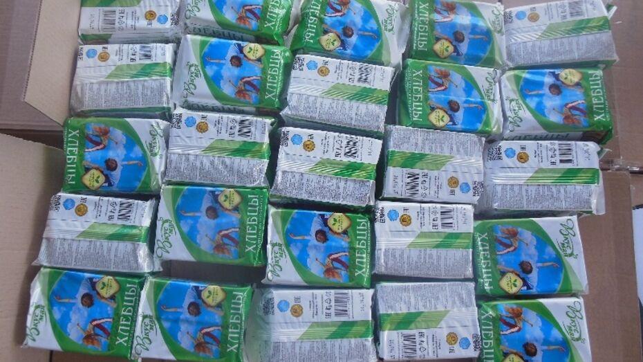 Воронежская таможня задержала 100 коробок контрафактных хлебцев