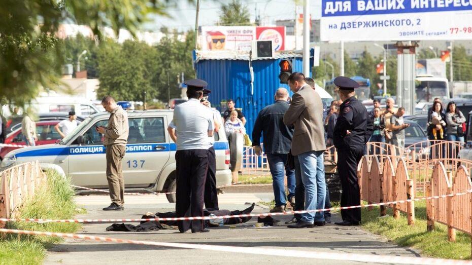 Мужчина напал с ножом на восьмерых человек в Сургуте