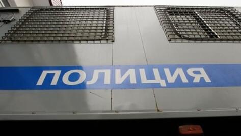 В Воронежской области полицейские пытали невиновных током, прыгали по ним и подвешивали их на трубу