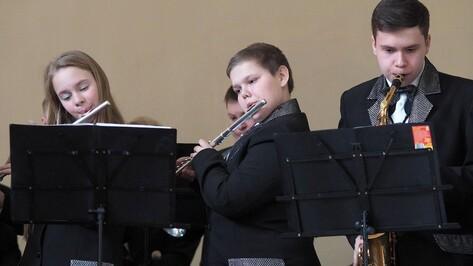 К 2024 году 80% детей Воронежской области будут получать допобразование