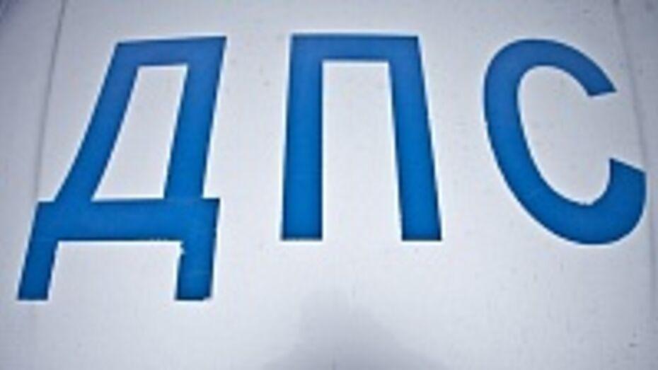 В Воронежской области водитель с просроченными правами пытался дать взятку полицейскому