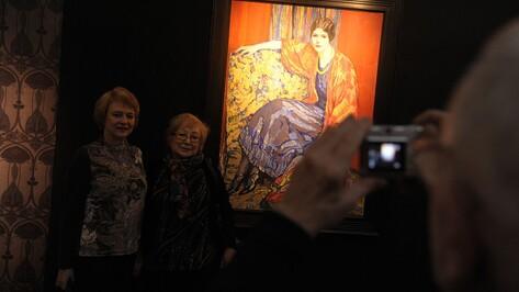 Выставка ученицы Репина Елены Киселевой открылась в Воронеже