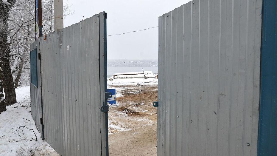 Двое воронежцев вывезли со стройплощадки металл на 800 тыс рублей