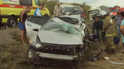 Число погибших в ДТП с «КАМАЗом» на трассе М4 в Воронежской области выросло до 3