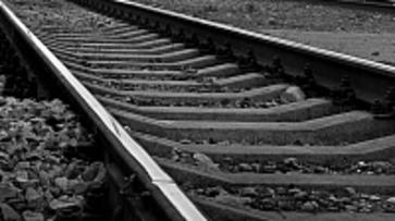 В Воронеже на станции Машмет поезд сбил трех человек, двое погибли
