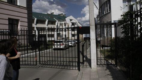 Жители центра Воронежа закрыли 304 двора