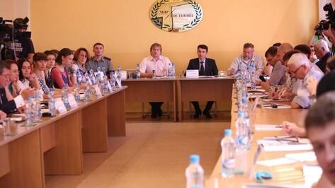 В Воронеже власти и активисты договорились доверять друг другу