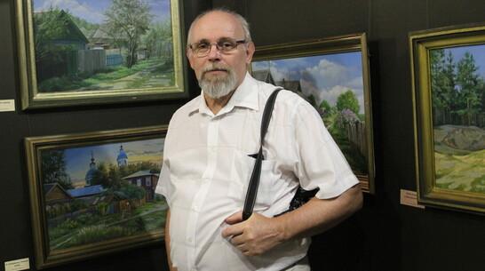 Подгоренский художник Алексей Филипенко подарил району свои картины