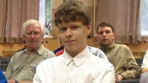 Шахматный турнир в Воронеже возглавили вундеркинд из Омска и гроссмейстер с Урала
