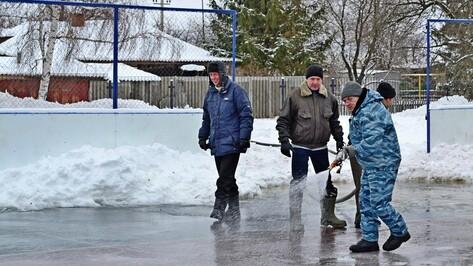 В Грибановском районе залили 8 катков