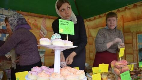Жены воронежских священников приготовили благотворительные капкейки