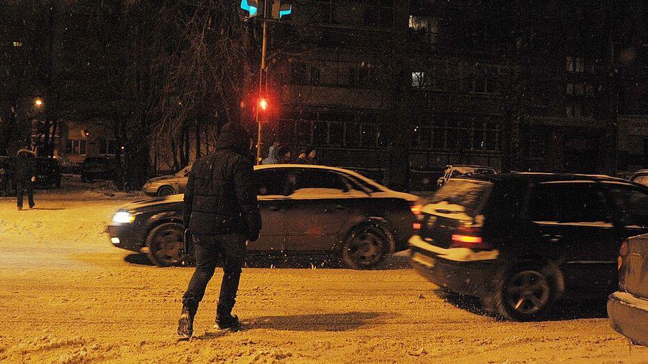 Воронежский таксист сдал полиции торговца героином