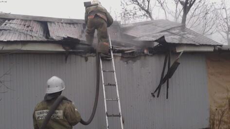 В Воронежской области на пожаре в гараже обгорел мужчина