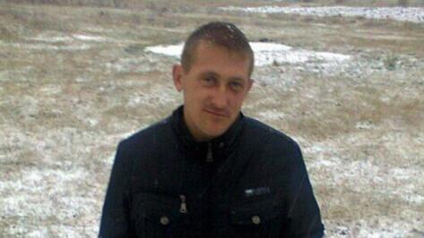 Под Воронежем пропал 29-летний парень с татуировкой льва