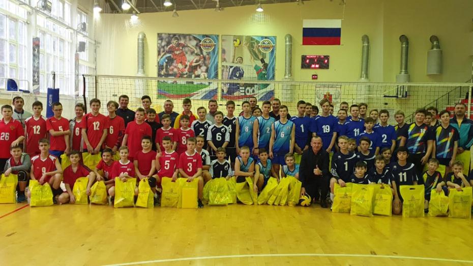 Павловские волейболисты заняли 1-е место в областном турнире