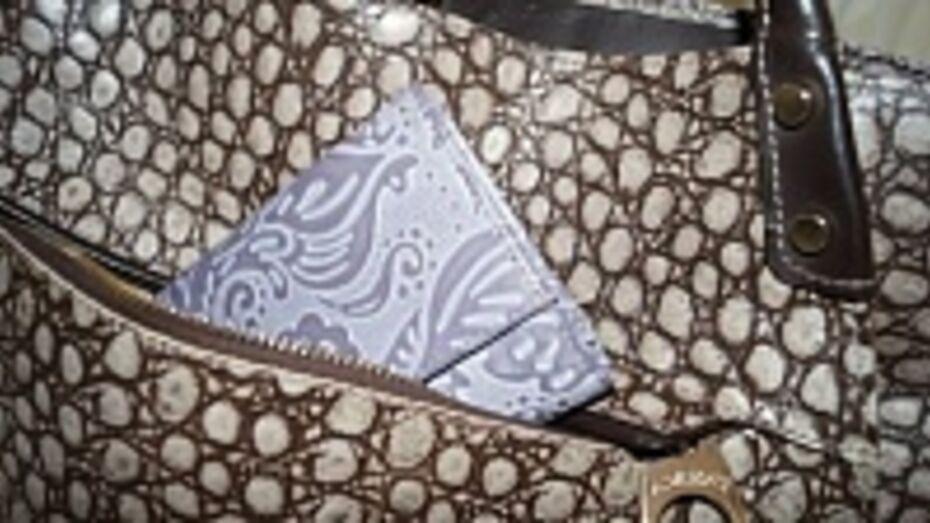 В Воронеже рецидивист украл сумочку у посетительницы СИЗО