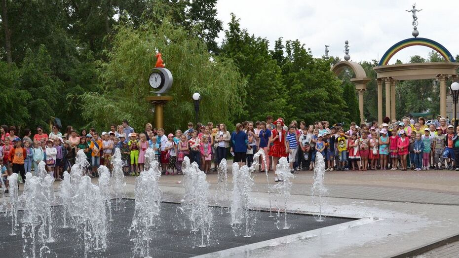 В Лискинском парке к открытию сезона установят три световые арки