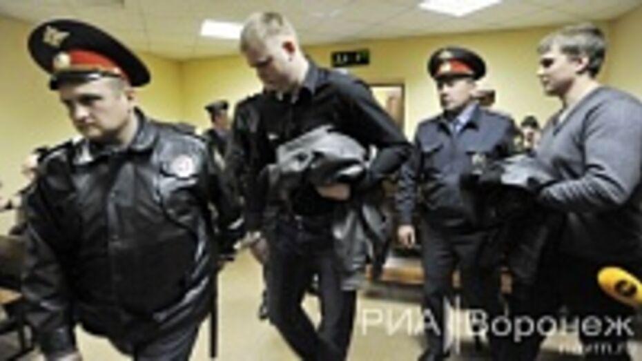 Воронежские экс-полицейские, осужденные за пытки невиновного человека, уклоняются от выплаты компенсаций