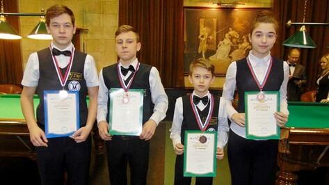 Бутурлиновские бильярдисты завоевали 4 медали на первенстве области
