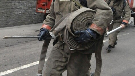 В Лискинском районе за сутки выгорели баня и квартира