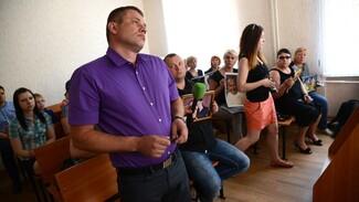 Родственник погибших под Воронежем супругов Саенко потребовал от виновника ДТП 5 млн рублей