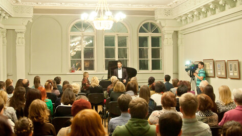 Преподаватели Академии искусств сыграют Моцарта на аккордеоне