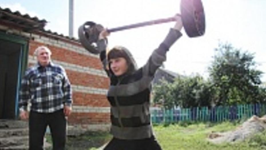 В Панинском районе поселилась чемпионка Украины по тяжелой атлетике