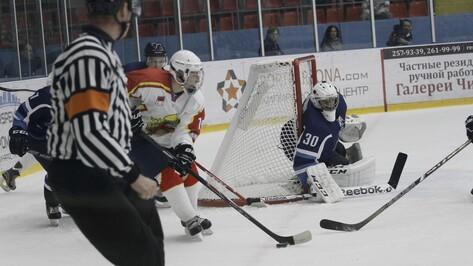 Первую домашнюю победу воронежский «Буран» одержал над дебютантом ВХЛ