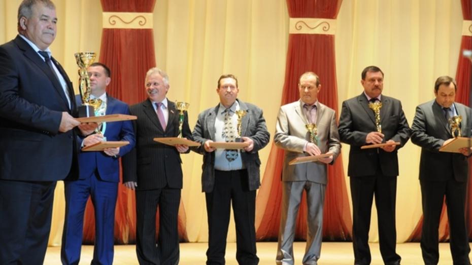 Кантемировские аграрии отпраздновали сбор самого большого в истории района урожая