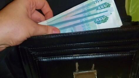 В Воронеже грабителя вычислили по фрагменту номера такси