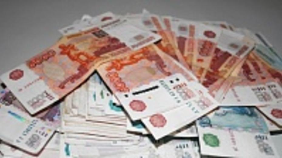 В Волгограде у воронежца из незапертой машины стащили 238 тыс рублей