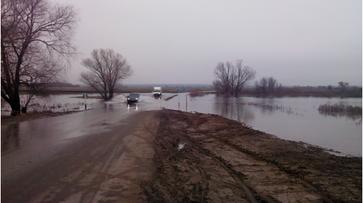 В Воронежской области под воду ушел еще один мост