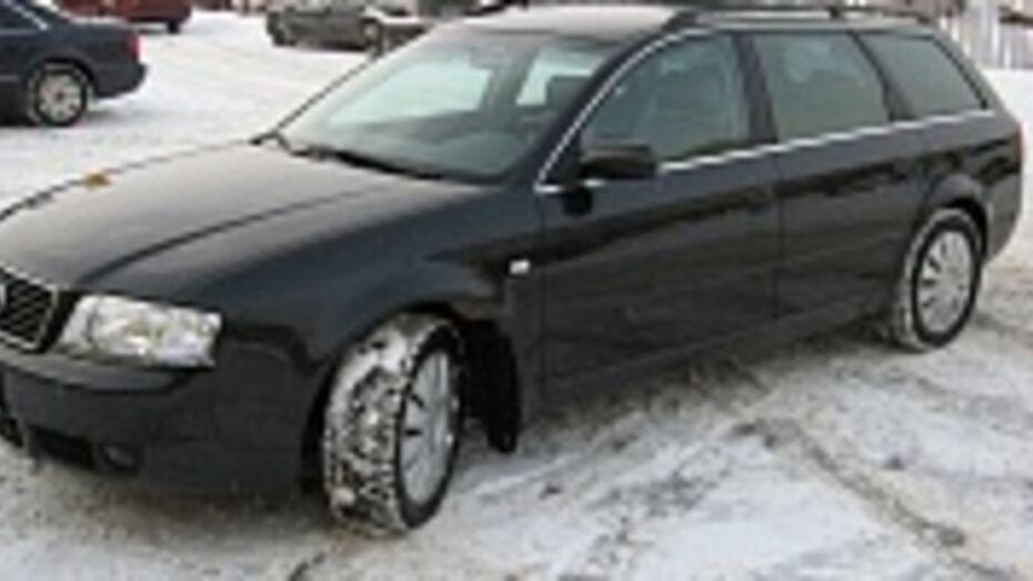 В Воронеже по подозрению в угоне дорогой иномарки задержали 32-летнего рецидивиста