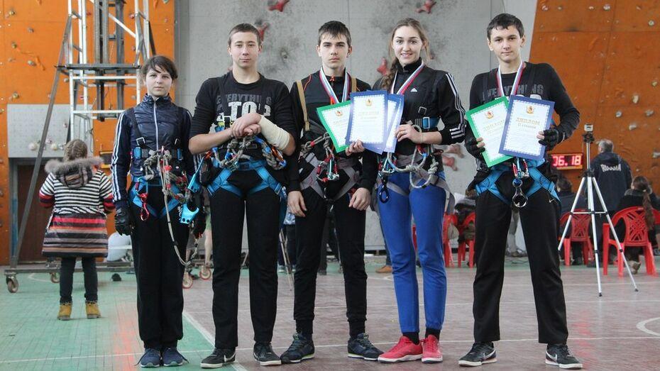 Подгоренские школьники завоевали Кубок области по спортивному туризму